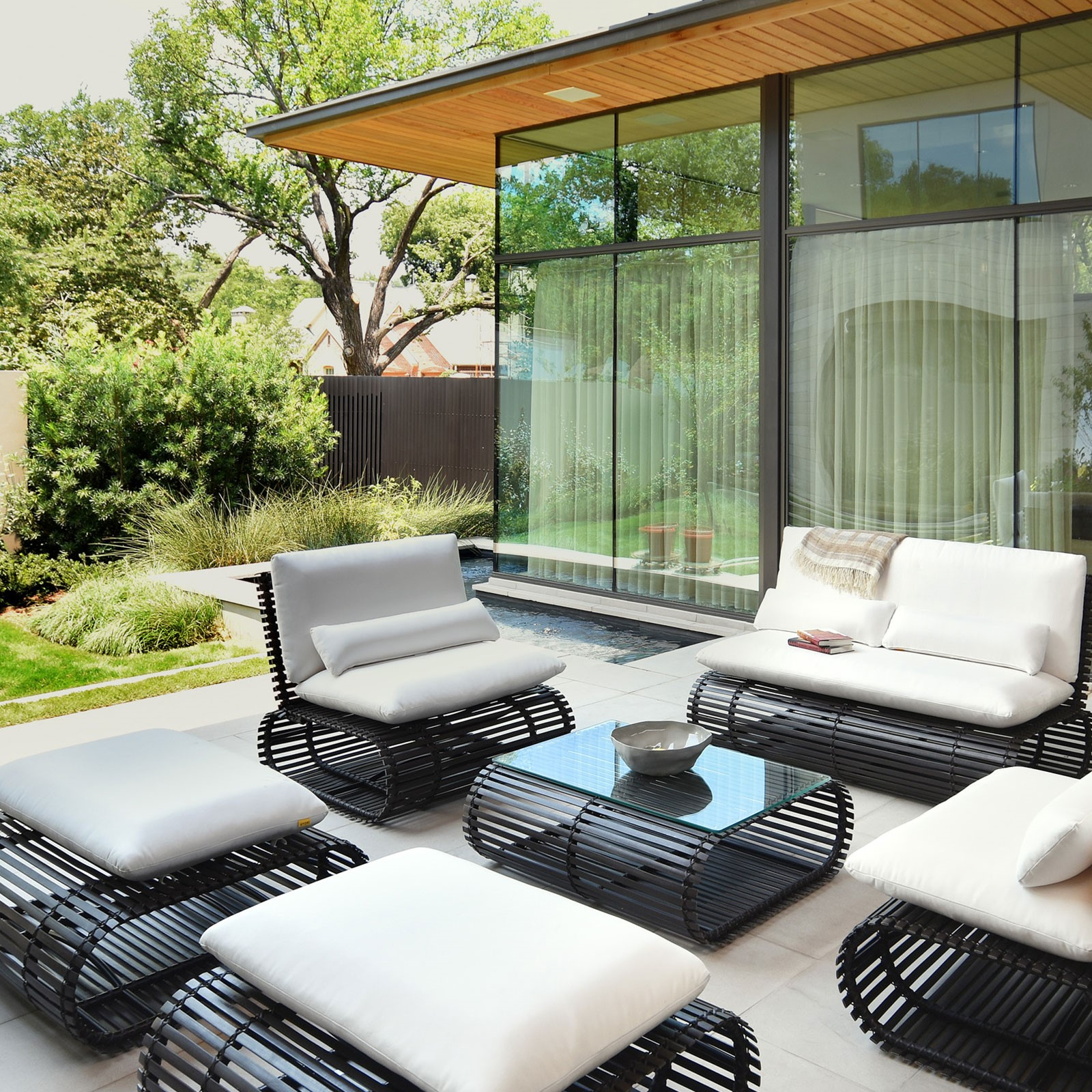 Modern Patio Set Stori Modern